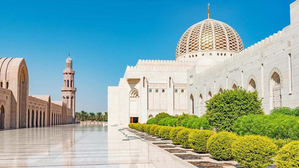 آشنایی با زیبائیهای عمان